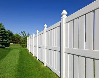 UNIA - BAU s. r. o, Plastové ploty