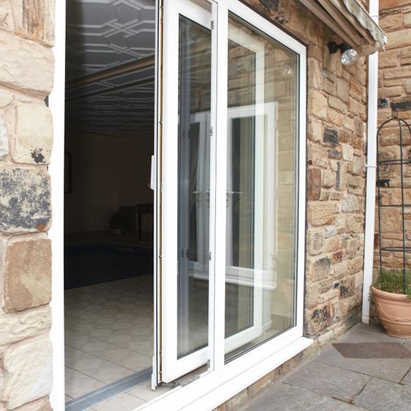 Balkónové dvere – cena, druhy a rozmery